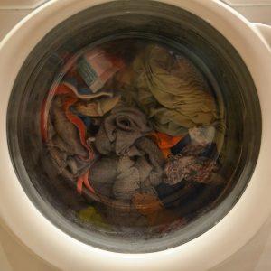 Come lavare le scarpe in lavatrice